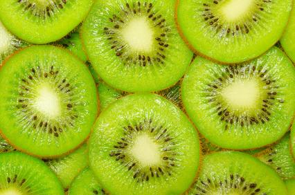 Planta del kiwi, como llenar tu despensa de sabrosos frutos.